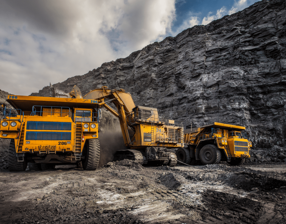 Alexis Kalpedis - iStock-499775926 mining & aggregate industry@2x-min